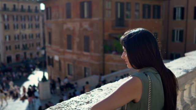 spanish steps, rome - cultura italiana video stock e b–roll