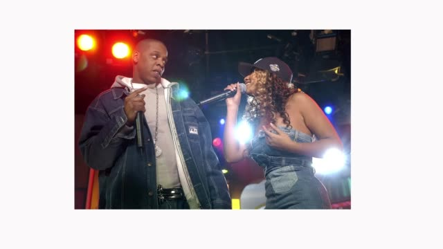 spankin' new music week with jayz beyonce knowles and solange knowles on mtv's trl november 21 2002 - beyoncé knowles stock videos & royalty-free footage