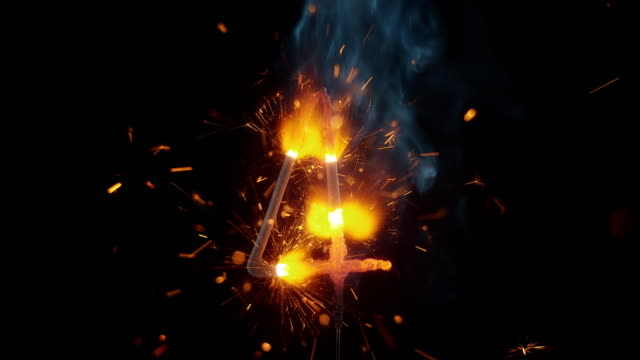 vídeos de stock e filmes b-roll de slo mo ld sparkle stick shaped as number four emitting sparks - número 4