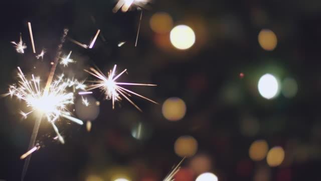 クリスマス花火 - 後ろボケ点の映像素材/bロール