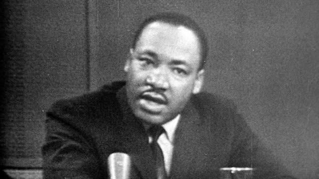mlk speaking and saying white man but to win his friendship and understanding and the end is reconciliation and the creation of the beloved community... - アメリカ黒人の歴史点の映像素材/bロール