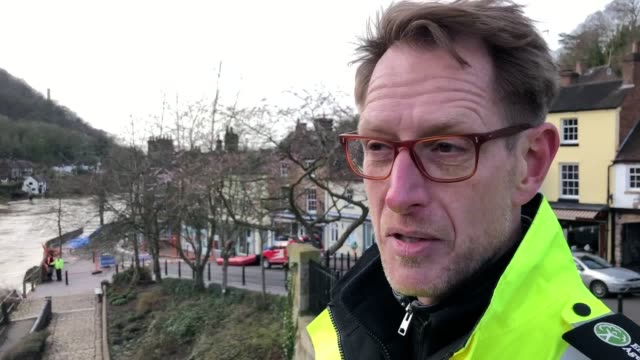 speaking in ironbridge, mark sitton-kent, director of operations for the environment agency, said part of the town's 500-metre wharfage barrier had... - ironbridge shropshire stock videos & royalty-free footage