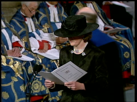 Funeral of Princess Diana 1100 1200 1123 Lady Jane Fellowes reads poem