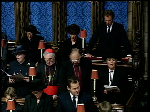 Funeral of Princess Diana 1100 1200 1156 All stand to sing hymn 'Guide me O thou great Redeemer' Princes William and Harry singing 115750 Tony Blair...