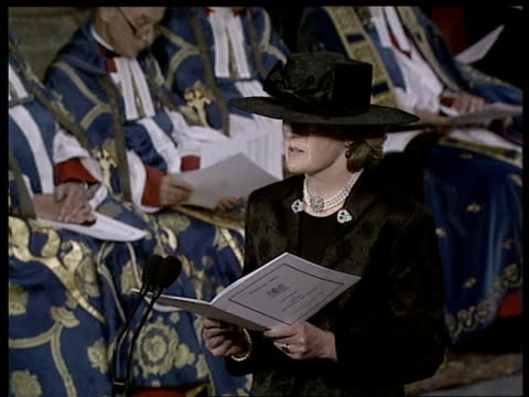 Funeral of Princess Diana 1900 2003 Lady Jane Fellowes reading 'Time' SOT Tony Blair waiting to begin reading Blair reading SOT Cutaway TCMS...