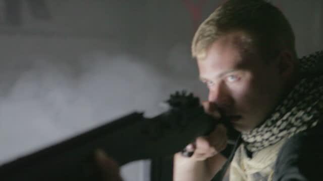 vidéos et rushes de opérations spécial - arme à feu