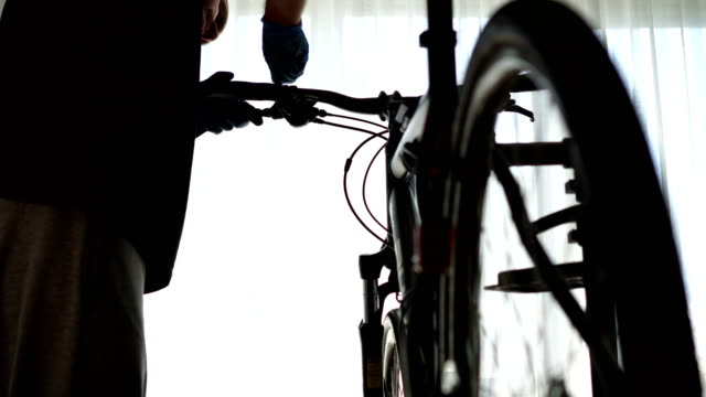 specialist in bicycles, repairing - pedal stock videos & royalty-free footage