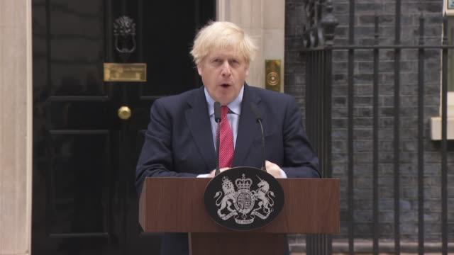 """speech boris johnson pm, after returning to work about how we will come out of coronavirus lockdown """"these decisions will be taken with the maximum... - state of emergency stock videos & royalty-free footage"""