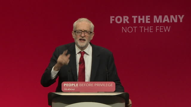 speech jeremy corbyn labour leader at his party conference speech in brighton go forward and win an election for the people of this country - 労働党点の映像素材/bロール