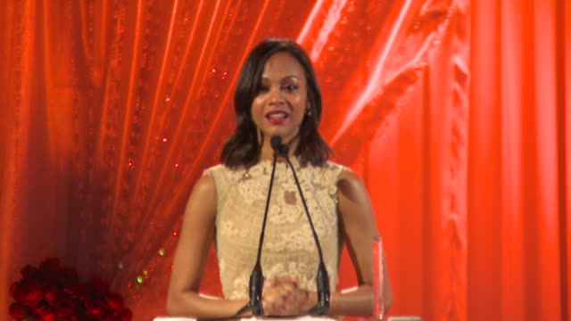 zoe saldana at the 3rd annual essence black women in hollywood luncheon at beverly hills ca - maglietta senza maniche video stock e b–roll