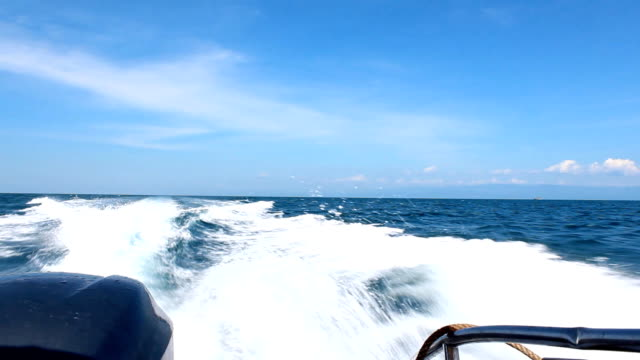 speed boat wake - speed boat stock videos & royalty-free footage