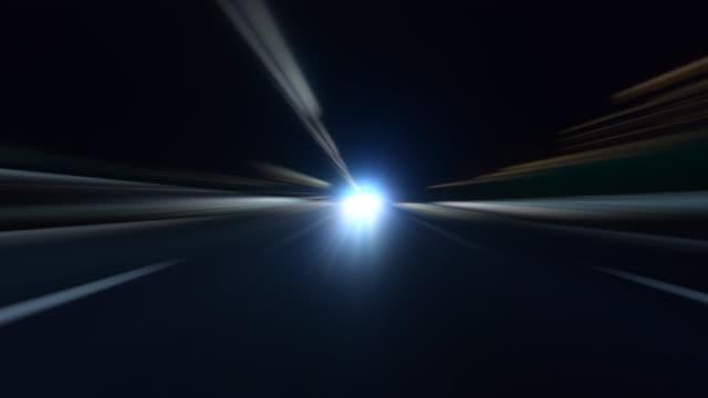 vídeos de stock, filmes e b-roll de condução rápida na rodovia - indo em direção