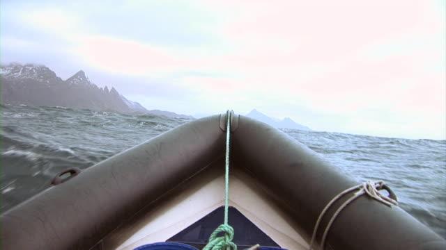 HD: Speeding boat