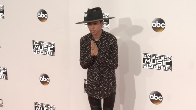 spencer ludwig at 2016 american music awards at microsoft theater on november 20 2016 in los angeles california - 2016 american music awards stock videos and b-roll footage