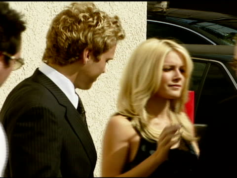 spencer pratt taco bell president greg creed and heidi montag at the taco bell provides 'reality check' on global hunger issue with stars of mtv's... - mtv点の映像素材/bロール