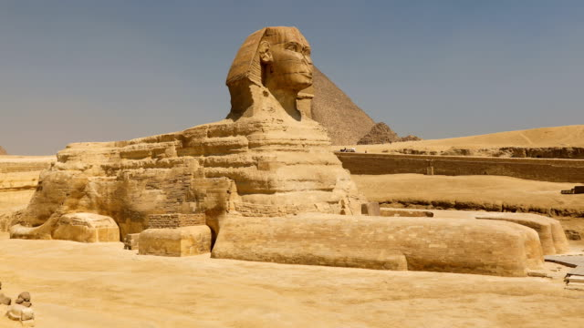 sphinx and great pyramids at giza, cairo, egypt - egypt stock videos & royalty-free footage