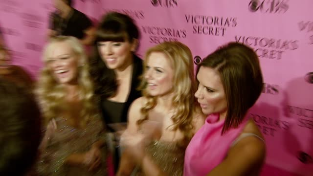 spice girls at the 12th annual victoria's secret fashion show at the kodak theatre in hollywood california on november 15 2007 - スパイスガールズ点の映像素材/bロール