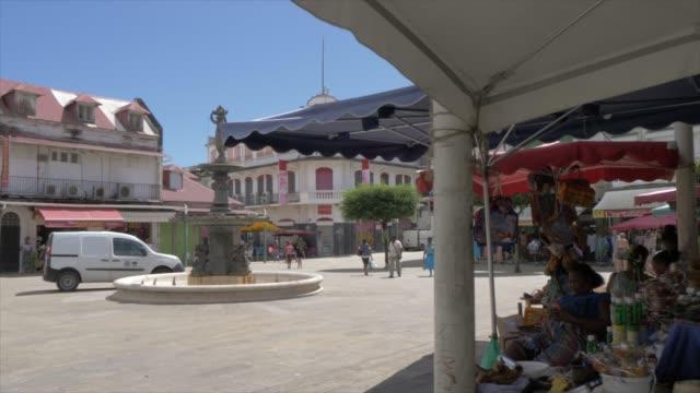 vidéos et rushes de spice market in spice market square, pointe-a-pitre, guadeloupe, french antilles, west indies, caribbean, central america - guadeloupe