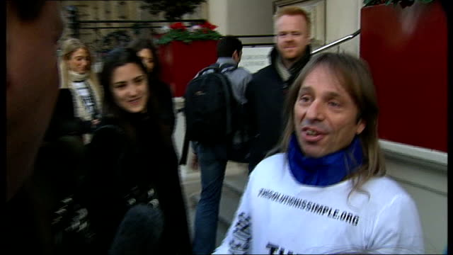 'spiderman' alain robert climbs office block to highlight climate change fears ext alain robert speaking to press sot on his fear while he is climbing - free climbing stock videos & royalty-free footage