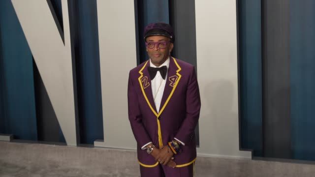 spike lee and tonya lewis at vanity fair oscar party at wallis annenberg center for the performing arts on february 09 2020 in beverly hills... - vanity fair oscarparty stock-videos und b-roll-filmmaterial