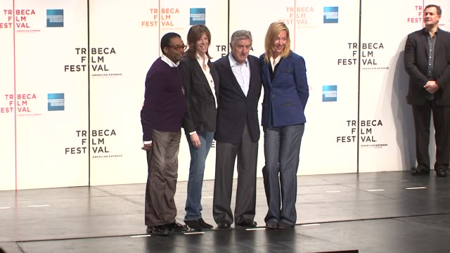 stockvideo's en b-roll-footage met spike lee, jane rosenthal, robert de niro and uma thurman at the 8th annual tribeca film festival - opening press conference at new york ny. - filmfestival