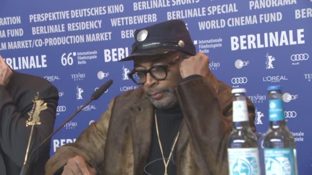 stockvideo's en b-roll-footage met broll spike lee john cusack nick cannon at 'chiraq' press conference 66th berlin international film festival on february 16 2016 in berlin germany - internationaal filmfestival van berlijn 2016