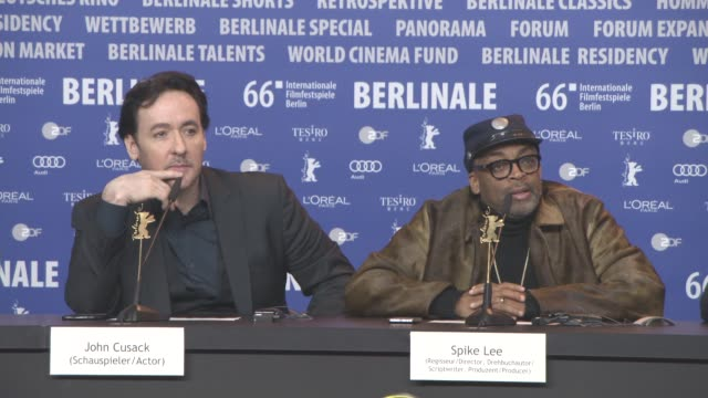 stockvideo's en b-roll-footage met interview spike lee john cusack on their vote for the united states presidential elections 2016 and on donald trump at 'chiraq' press conference 66th... - internationaal filmfestival van berlijn 2016