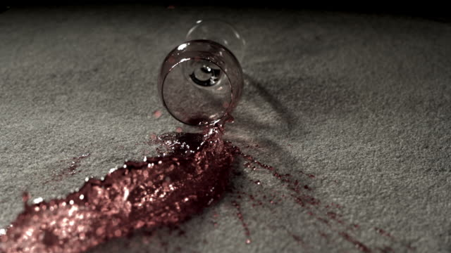 vídeos de stock e filmes b-roll de cu slo mo spilled red wine glass on carpet  / burbank, california, usa - manchado sujo
