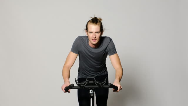 spin bike instructor - exercise bike stock videos & royalty-free footage