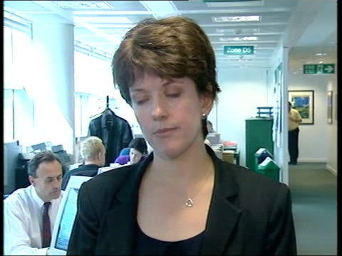 stockvideo's en b-roll-footage met spin doctor jo moore apologises itn london atrium of the department of transport tilt down press gathered to hear statement from spin doctor jo moore... - e mail