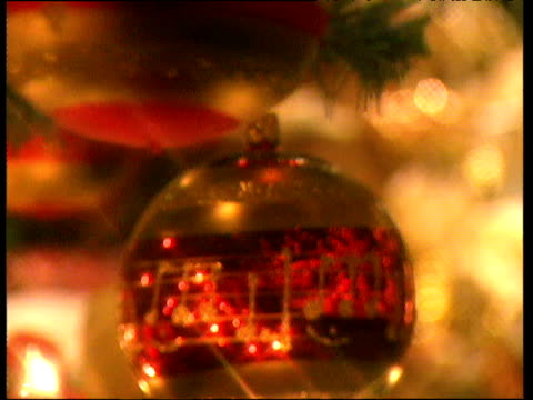 spinning baubles and sparkly christmas decorations twinkle in candlelight warzburg - christmas decoration stock videos & royalty-free footage