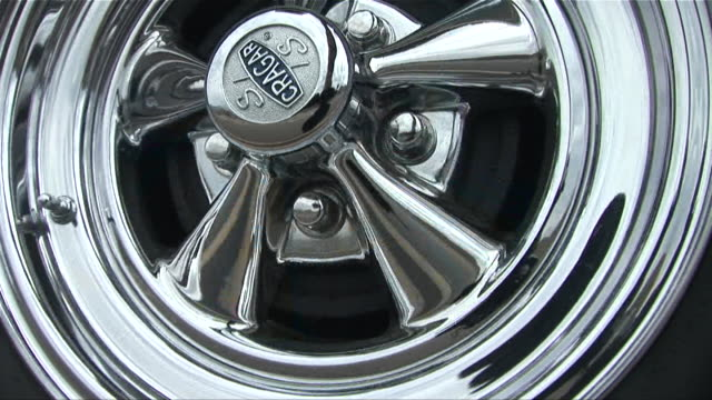 cu spinning chrome wheel/ scottsdale, arizona - see other clips from this shoot 1050 stock videos and b-roll footage