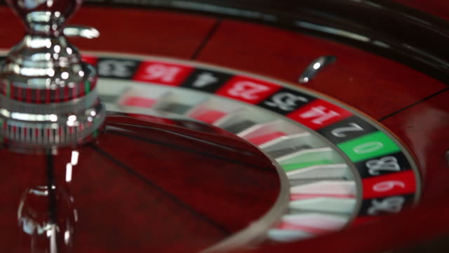 spinning roulette wheel - roulette stock videos & royalty-free footage