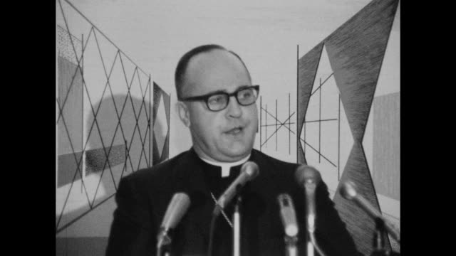 spokeman for the catholic church of tennessee speaks about the church's support of project equality - attempting to end discrimination without... - afroamerikansk historia i usa bildbanksvideor och videomaterial från bakom kulisserna