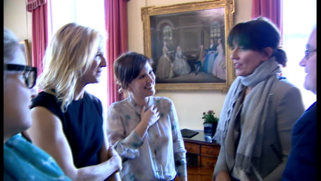 stockvideo's en b-roll-footage met sport relief reception at downing street davina mccall chatting to jo whiley and others - jo whiley