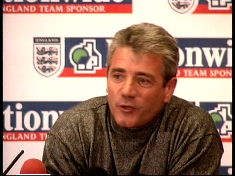 euro 2000: sweden win/england into play-offs: scotland win; itn england: int kevin keegan press conference sot - reacts to sweden win - playoffs stock videos & royalty-free footage