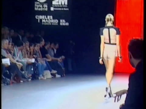 spring/summer 2011 collection ana locking: cibeles madrid fashion week on september 20, 2010 in madrid, spain - fashion collection stock videos & royalty-free footage