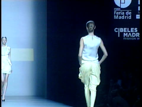 spring/summer collection 2011 ion fiz: cibeles madrid fashion week on september 20, 2010 in madrid, spain - fashion collection stock videos & royalty-free footage