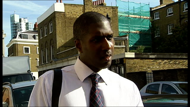 stockvideo's en b-roll-footage met sprinter given suspended sentence after falsely claiming sick pay; england: london: elephant and castle: inner london crown court: ext matthew thomas... - assertiviteit