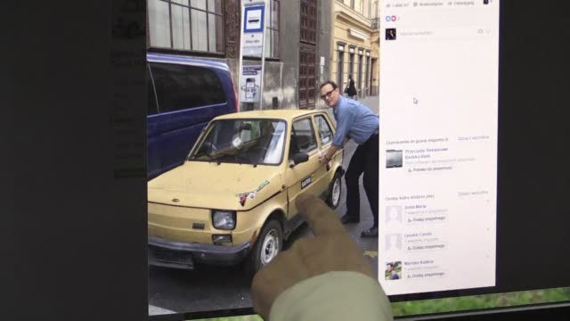 vídeos y material grabado en eventos de stock de spurred by tweets tom hanks posted showing himself admiring an iconic communist era car poles have raised the cash to buy a tiny fiat 126 p for the... - tom hanks