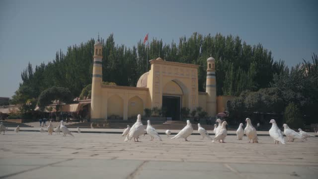 square nearby id kah mosque ,kashgar,xinjiang,china. - mosque stock videos & royalty-free footage