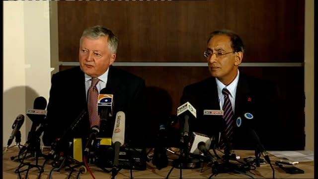 sri lanka cricket team injured in terrorist attack in pakistan press conference with icc president and chief executive lorgat press conference sot... - cricket team stock videos and b-roll footage