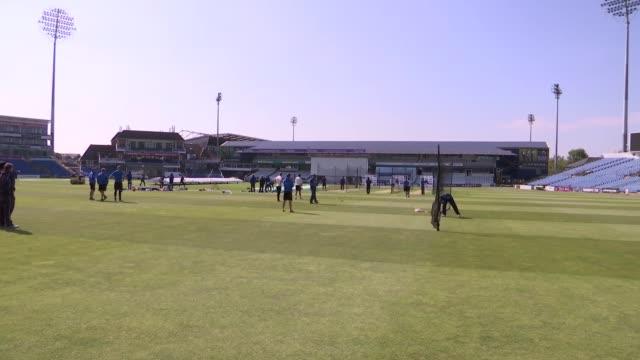 leeds headingley ext various shots sri lanka cricket team training - cricket team stock videos & royalty-free footage