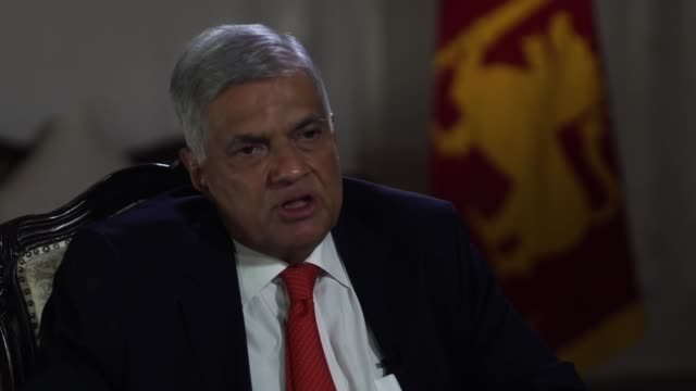 stockvideo's en b-roll-footage met sri lankan prime minister ranil wickremesinghe talking about what the government is doing to stop reprisals against the muslim community in the wake... - trust