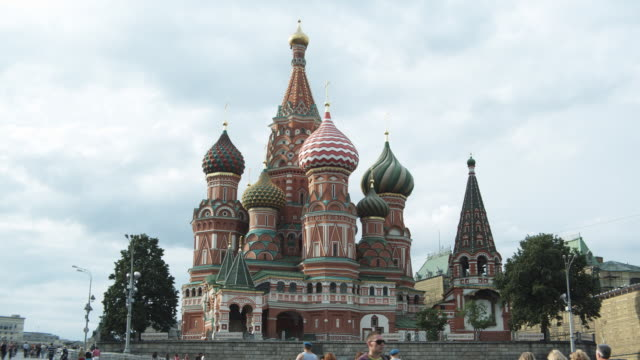 ms pan st basil's cathedral and spasskaya tower of kremlin / moscow, russia - st. basil's cathedral stock videos and b-roll footage