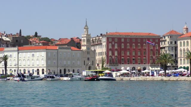 vídeos y material grabado en eventos de stock de iglesia de st frane - split, croacia - cultura croata