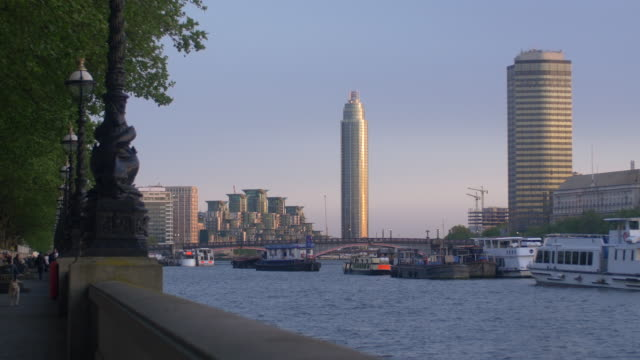 St George Wharf and tower