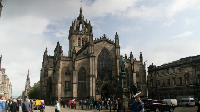 ws st giles' cathedral in edinburgh, scotland - old town stock videos & royalty-free footage