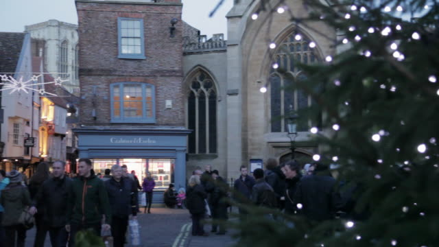 st helen's square at christmas, sheffield, south yorkshire, england, uk, europe - christmas decoration stock videos & royalty-free footage
