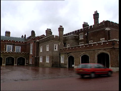 orders lib gv st james' palace buildings and courtyard - courtyard stock videos and b-roll footage